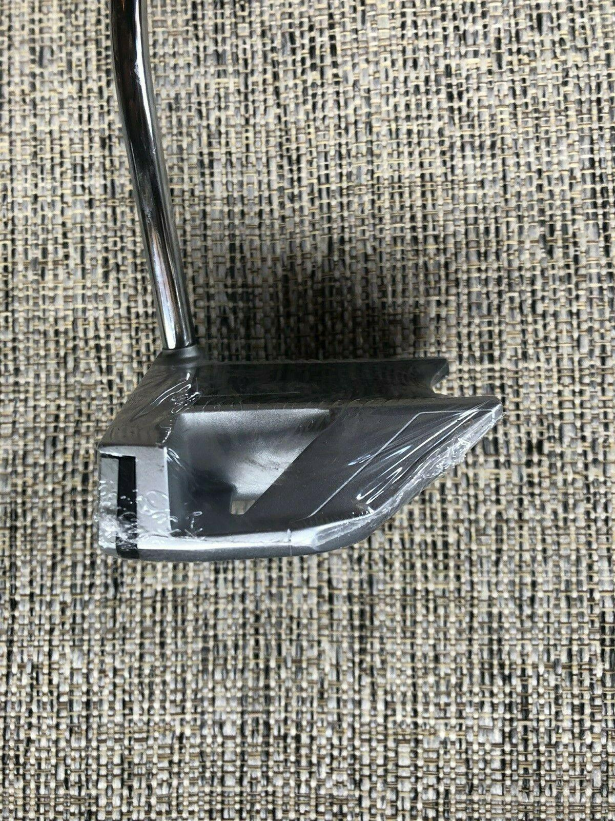 """BRAND NEW! 2135 RHO 34"""" Right Hand Putter"""